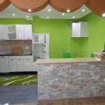 0248 Трехэтажный дом в пригороде Бара - Полье Гостиная Кухня