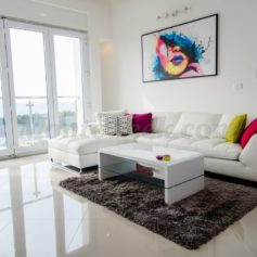 0268 Двухуровневая квартира с видом на море