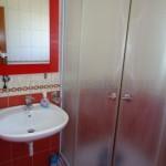 0212 Двухэтажный дом в Баре Ванна на 1 этаже