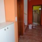 0212 Двухэтажный дом в Баре прихожая