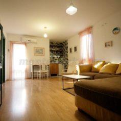 Стильный односпальный апартамент в Баре