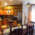 0283 Роскошный апартамент в загородном доме Кухня