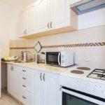 Односпальный апартамент в сосновой роще Кухня