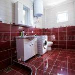 0225 Квартира с двумя спальнями в г.Бар Ванная