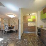 Красивая квартира в г.Будва Кухня
