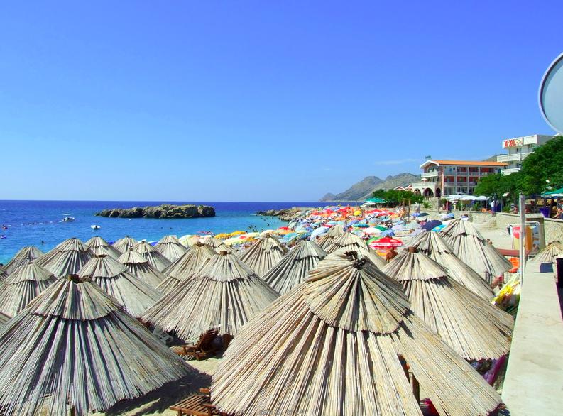 Курортный поселок Добра Вода Пляж Велики Пиесак