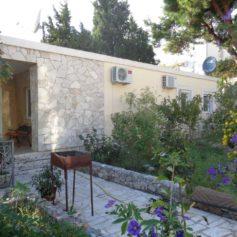 0214 Небольшой дом в сосновом бору