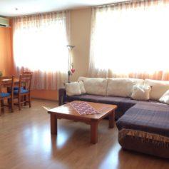 0273 Уютная двухспальная квартира в центре Бара