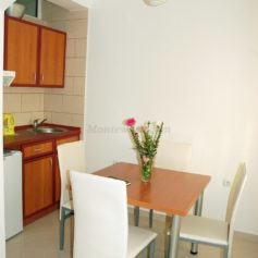 0311 Апартаменты в Ульцине